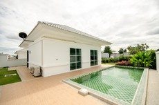 Peaceful Rental Property With Private Pool