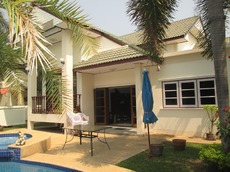 3 Bedrooms Pool Villa North Of Hua Hin