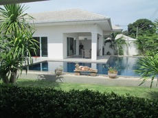 Beautiful Pool Villa In Very Popular Location