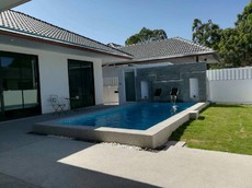 Modern Style And New Pool Villa For Rent