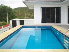 Uphill Pool Villa For Rent