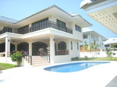 5 Bedroom Pool Villa In Prime Location