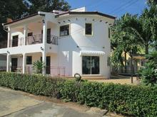 4/5 Bedroom Pool Villa Central Located