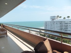 LuxuryBeach Front Condo In Hua Hin For Rent
