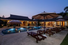 Fantastic Private Family Resort Villa