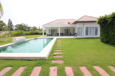 3 - Bedrooms Luxury Pool Villa for Rent