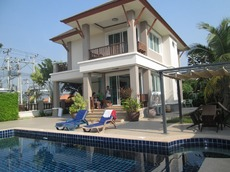 2 Story Pool Villa In Cha Am