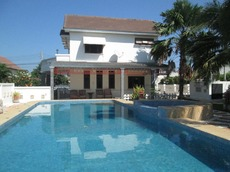 Large Family Pool Villa For Rent