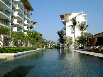 Luxurious Design Sea View Condominium
