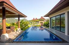 LUXURY THAI BALINESE POOL VILLA