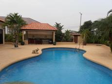 Pool Villa of highest standard for long term rental