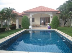 Nice Pool Villa In Peaceful Area