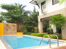 Pool Villa Retreat for Rent